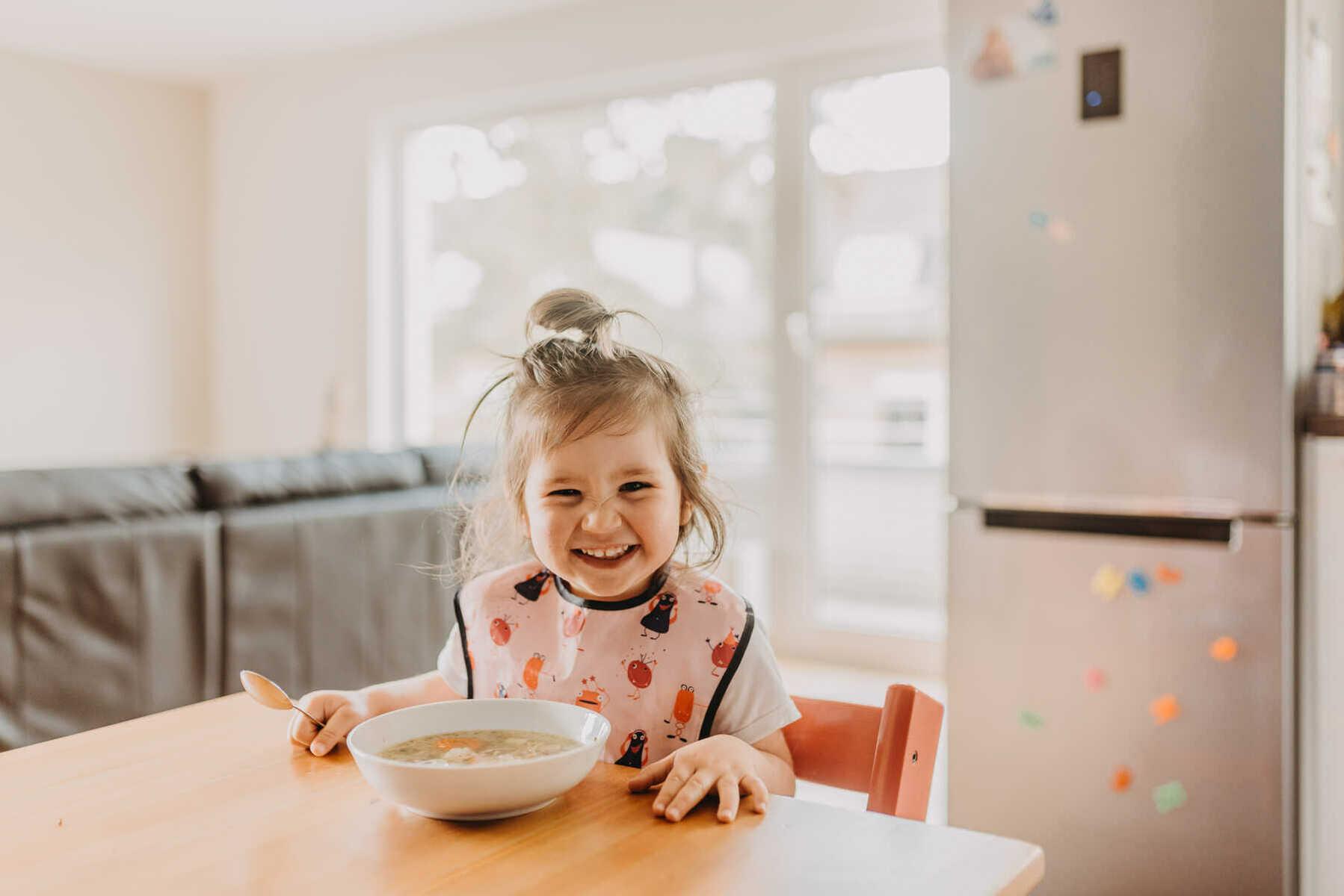 Choco gebeten door gezonde voeding  voor kinderen en jongeren